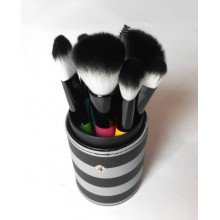 КИСТИ ДЛЯ МАКИЯЖА BH COSMETICS - 10 PC POP ART BRUSH SET