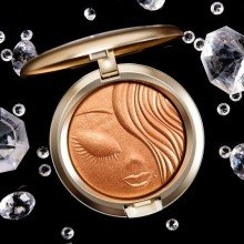 ПУДРА-ХАЙЛАЙТЕР MAC MARIAH CAREY EXTRA DIMENSION SKINFINISH POWDER